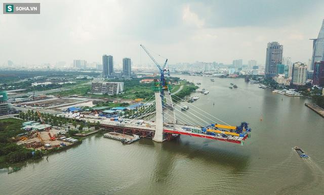 Cầu Thủ Thiêm 2 vươn mình ra sông Sài Gòn, lộ hình dáng khi nhìn từ trên cao - Ảnh 16.