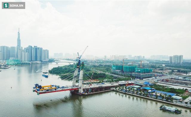 Cầu Thủ Thiêm 2 vươn mình ra sông Sài Gòn, lộ hình dáng khi nhìn từ trên cao - Ảnh 17.