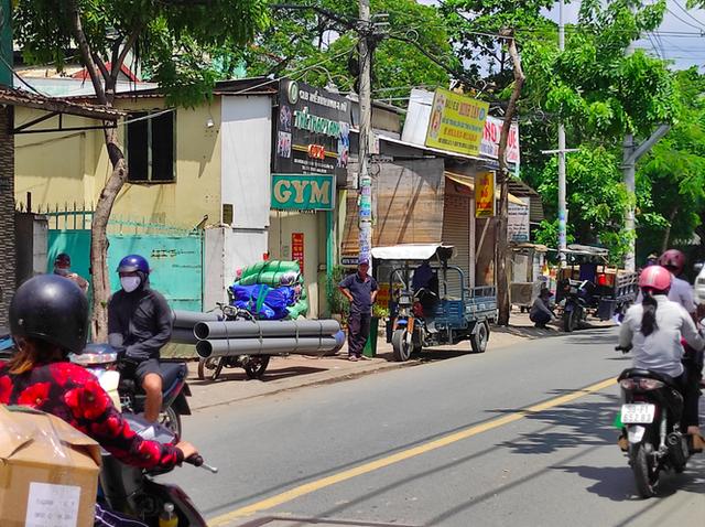 12 năm sau lệnh cấm, xe ba gác vẫn len lỏi khắp ngóc ngách Sài Gòn - Ảnh 4.