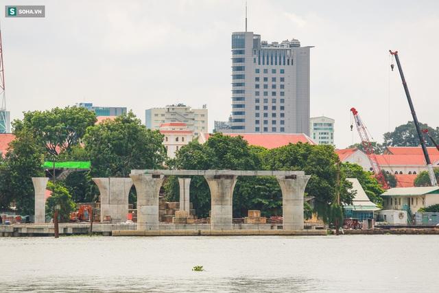 Cầu Thủ Thiêm 2 vươn mình ra sông Sài Gòn, lộ hình dáng khi nhìn từ trên cao - Ảnh 8.