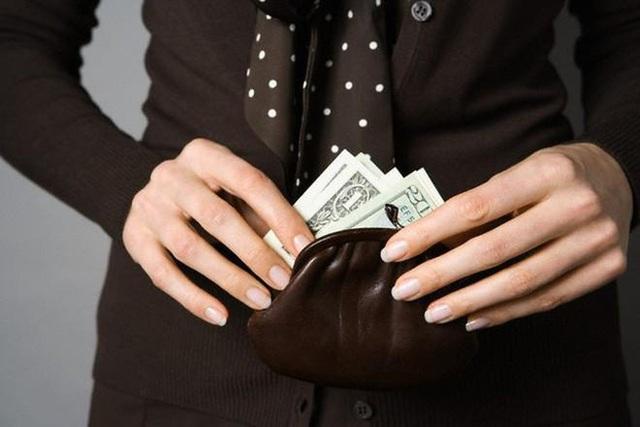 Khi người khác hỏi vay tiền, có 3 việc nhất định phải nhớ để không bao giờ rơi vào cảnh quỳ xuống đòi nợ - Ảnh 2.