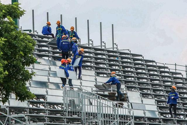 CLIP: Tháo dỡ toàn bộ khán đài trường đua F1 Mỹ Đình  - Ảnh 7.