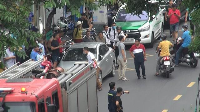Bắt giữ kẻ cướp 2,1 tỉ đồng ở phòng giao dịch Techcombank tại Tân Phú  - Ảnh 2.