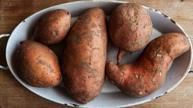 Mùa nào thức ấy: Không có thời điểm nào tốt hơn mùa thu để bổ sung 10 loại rau quả giàu chất dinh dưỡng, củng cố sức khỏe tim mạch hiệu quả này - Ảnh 4.