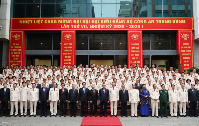 Hình ảnh Thủ tướng Nguyễn Xuân Phúc dự Đại hội Đảng bộ Công an Trung ương - Ảnh 2.