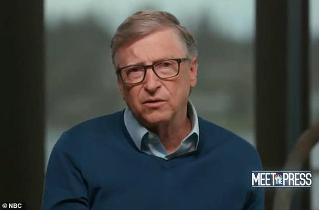 Tỉ phú Bill Gates nói về cách chữa bệnh Covid-19 cho Tổng thống Trump  - Ảnh 1.