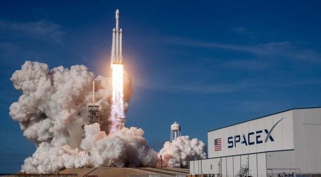 SpaceX chế tạo tên lửa có thể ship hàng đến bất kỳ nơi nào trên Trái Đất trong 60 phút - Ảnh 1.