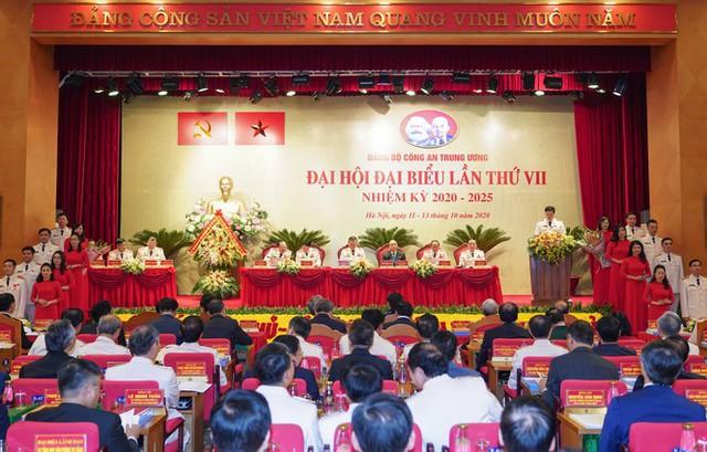 Hình ảnh Thủ tướng Nguyễn Xuân Phúc dự Đại hội Đảng bộ Công an Trung ương - Ảnh 5.