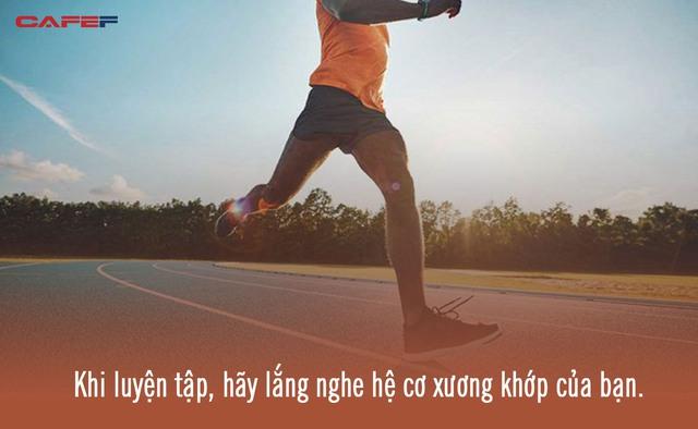 Chạy bộ rất tốt cho sức khỏe ở mọi lứa tuổi: Bác sĩ chuyên khoa nhấn mạnh một điều bất kỳ ai cũng cần phải chú ý khi tập môn thể thao này - Ảnh 2.