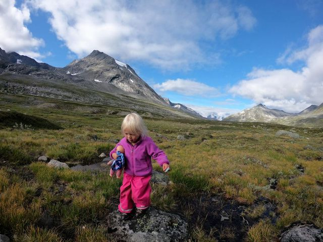 Triết lý sống ngoài trời, gần thiên nhiên giúp người Na Uy có sức khỏe đáng ngưỡng mộ - Ảnh 1.