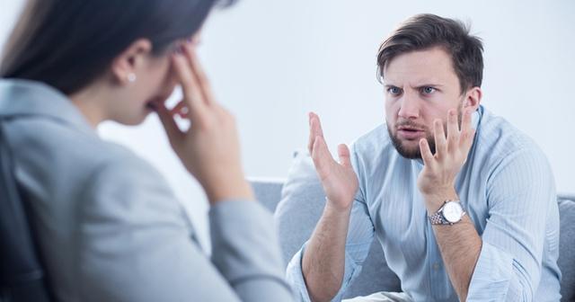 Dù giàu có, tự chủ đến đâu thì chỉ cần có 1 trong những dấu hiệu này cũng khiến bạn cảm thấy chán nản, bi quan - Ảnh 1.