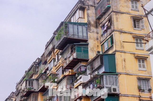 Hà Nội yêu cầu tạm dừng thực hiện đối với những hồ sơ đề xuất ý tưởng quy hoạch các khu chung cư cũ do các doanh nghiệp chậm thực hiện, đã quá thời hạn TP giao.