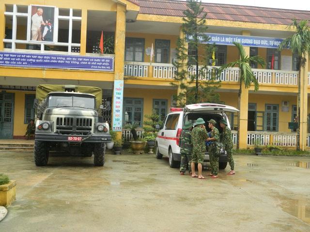 NÓNG: Các lực lượng cứu hộ lên đường vào thủy điện Rào Trăng 3 cứu người - Ảnh 6.