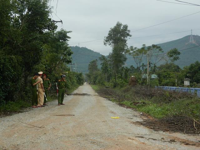 NÓNG: Các lực lượng cứu hộ lên đường vào thủy điện Rào Trăng 3 cứu người - Ảnh 9.