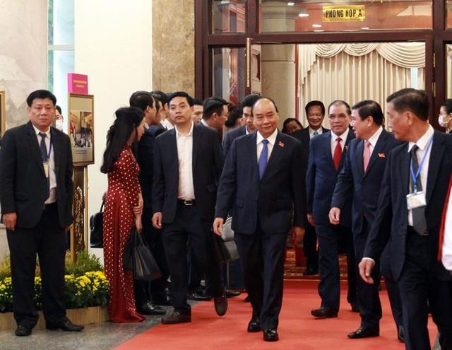Thủ tướng Nguyễn Xuân Phúc dự khai mạc Đại hội Đảng bộ TP HCM  - Ảnh 1.
