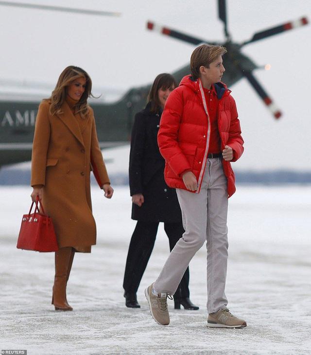 """Thích một mình, chuộng mặc vest từ nhỏ và loạt fact ít ai biết về """"Hoàng tử Nhà Trắng"""" Barron Trump - Cậu bé được cả thế giới săn đón - Ảnh 5."""