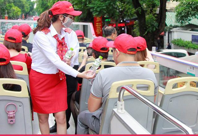 Hình ảnh xe buýt 2 tầng trong ngày đầu lăn bánh trở lại ở Hà Nội - Ảnh 7.