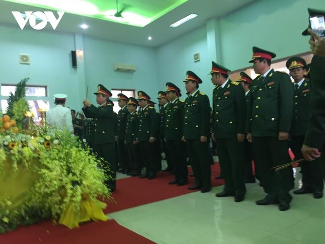 Xúc động Lễ viếng và truy điệu 13 liệt sĩ hy sinh khi tìm kiếm cứu nạn tại Rào Trăng 3 - Ảnh 1.