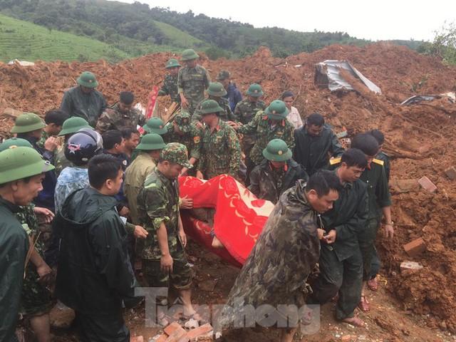 Danh tính 22 cán bộ, chiến sĩ gặp nạn trong vụ sạt lở đất ở Quảng Trị - Ảnh 1.