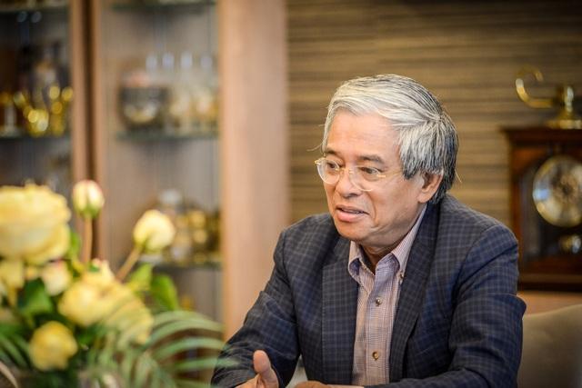 [Cà phê cuối tuần] Đường đua vào Nhà Trắng qua góc nhìn của Đại sứ Phạm Quang Vinh - Ảnh 1.