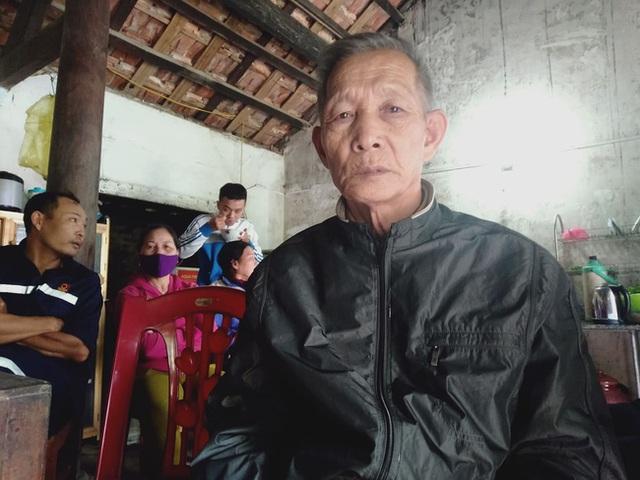 Sạt lở kinh hoàng ở Quảng Trị vùi lấp 22 cán bộ, chiến sĩ: Vợ khóc ngất mong tin chồng, người thân ngã quỵ, nín thở chờ đợi thông tin - Ảnh 2.