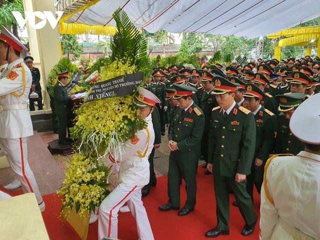 Xúc động Lễ viếng và truy điệu 13 liệt sĩ hy sinh khi tìm kiếm cứu nạn tại Rào Trăng 3 - Ảnh 11.