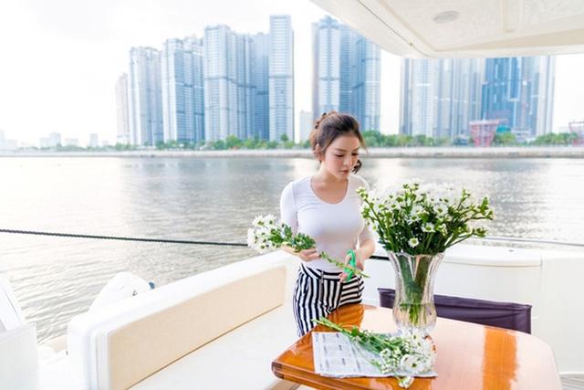 Nhìn lại những du thuyền lên tới vài triệu đô đắt giá của giới doanh nhân Việt, có chiếc lên tới cả trăm tỉ khiến dân tình gọi luôn biệt thự trên biển  - Ảnh 14.