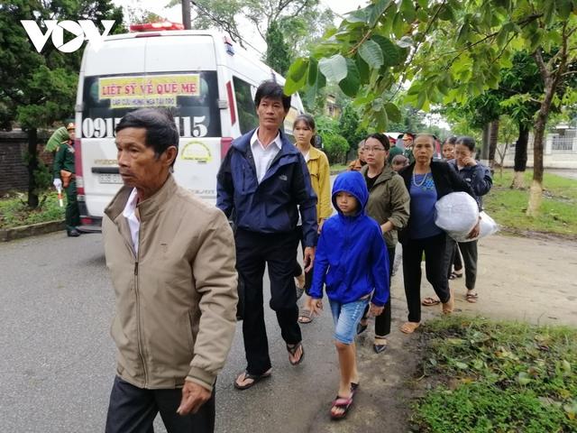 Xúc động Lễ viếng và truy điệu 13 liệt sĩ hy sinh khi tìm kiếm cứu nạn tại Rào Trăng 3 - Ảnh 17.