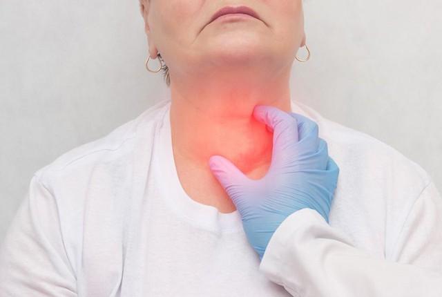 30% nữ giới 30 tuổi mắc u tuyến giáp, tỷ lệ tăng dần theo độ tuổi: Bác sĩ chuyên khoa nhấn mạnh việc quan trọng nhất để nhận biết chính xác nguy cơ ác tính - Ảnh 2.