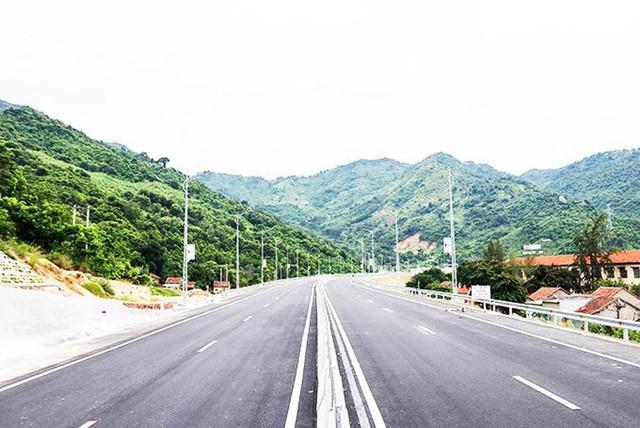 Nhờ quy hoạch và đầu tư mạnh hạ tầng, Nam Phú Yên bứt phá đón vận hội mới - Ảnh 2.