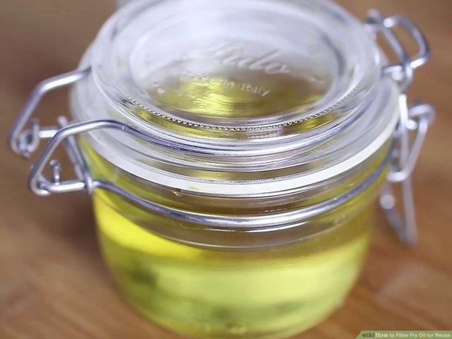 Tái sử dụng dầu ăn an toàn: Làm sai biến dầu thành thuốc độc, làm đúng dùng thêm tới 6 lần - Ảnh 3.