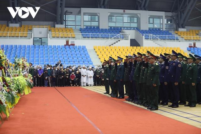 Lễ viếng và truy điệu 22 liệt sĩ Đoàn KTQP 337 hy sinh khi đang làm nhiệm vụ - Ảnh 2.