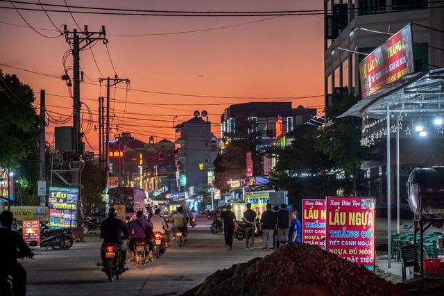 Bloomberg: Chuỗi cung ứng Apple dịch chuyển tạo ra sự phát triển bùng nổ cho vùng nông thôn Việt Nam - Ảnh 3.