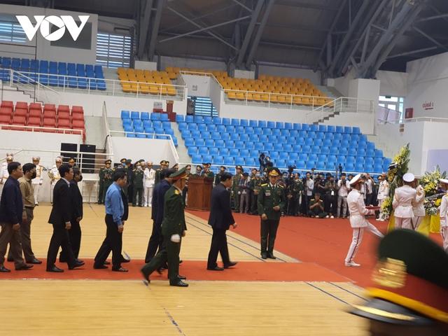 Lễ viếng và truy điệu 22 liệt sĩ Đoàn KTQP 337 hy sinh khi đang làm nhiệm vụ - Ảnh 14.