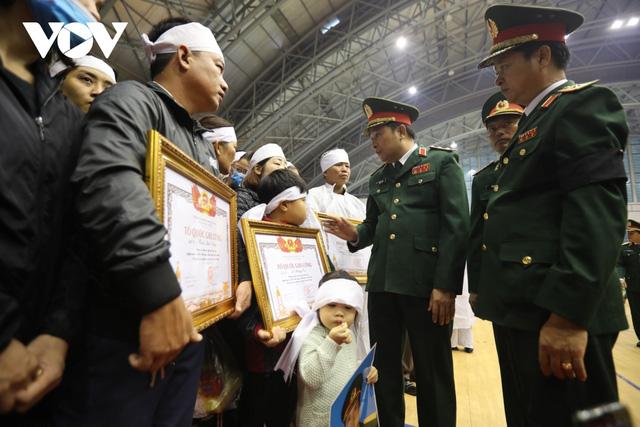Lễ viếng và truy điệu 22 liệt sĩ Đoàn KTQP 337 hy sinh khi đang làm nhiệm vụ - Ảnh 37.