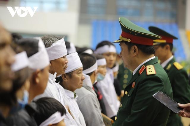 Lễ viếng và truy điệu 22 liệt sĩ Đoàn KTQP 337 hy sinh khi đang làm nhiệm vụ - Ảnh 44.