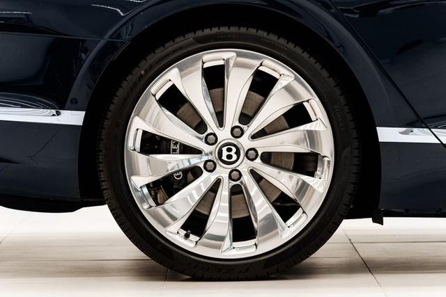 Cận cảnh Bentley Flying Spur First Edition đầu tiên tại Việt Nam, giá bán lên tới 30 tỷ đồng - Ảnh 7.