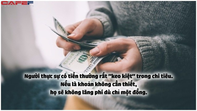 Tại sao người càng giàu có càng ki bo? 3 lý do sau đây khiến họ khó mà hào phóng nổi - Ảnh 1.