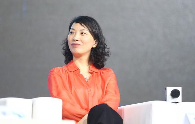 Chuyện cô lễ tân non trẻ trở thành nữ tướng đắc lực của Jack Ma: Sau 30 tuổi vẫn có thể bắt đầu sự nghiệp, miễn là nắm chắc trong tay 5 yếu tố then chốt này - Ảnh 2.