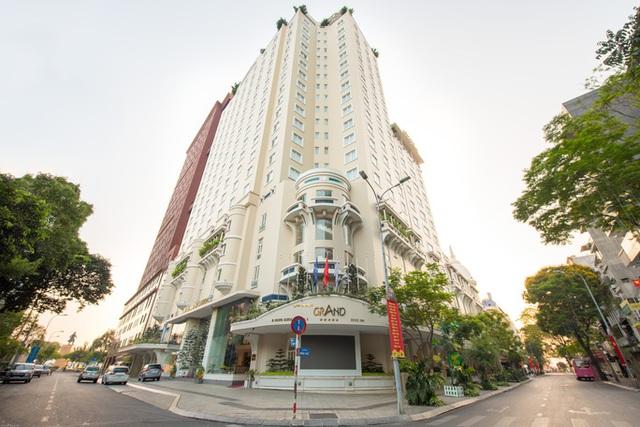 Khách sạn 3-5 sao giảm giá tới 60% để kéo khách  - Ảnh 1.