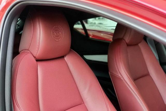 Mazda3 thêm phiên bản đặc biệt tại Việt Nam: Giá 869 triệu đồng, sản xuất giới hạn chỉ 40 chiếc - Ảnh 10.