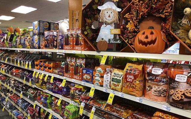 Thị trường đồ hóa trang Halloween 2020 sôi động bất chấp Covid-19  - Ảnh 8.
