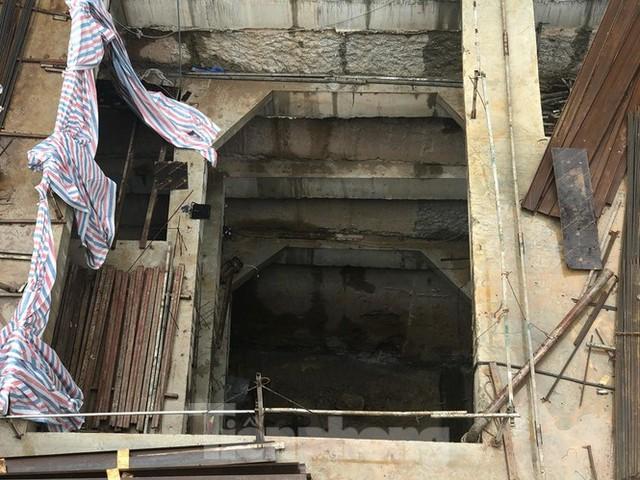 Hà Nội xin lùi báo cáo Thủ tướng về cấp phép 4 tầng hầm cho nhà riêng lẻ - Ảnh 2.