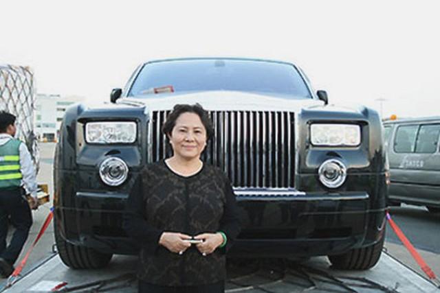 Truy tố ông Nguyễn Thành Tài, bà Dương Thị Bạch Diệp liên quan đất vàng TP HCM  - Ảnh 1.
