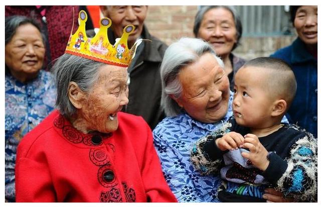 Ngôi sao trong làng cao tuổi tại Trung Quốc vừa qua đời ở tuổi 127 và 4 điều quý báu để lại về bí quyết trường thọ  - Ảnh 1.
