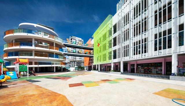 Trường mầm non rực rỡ sắc màu ở Cầu Giấy, Hà Nội - Ảnh 1.