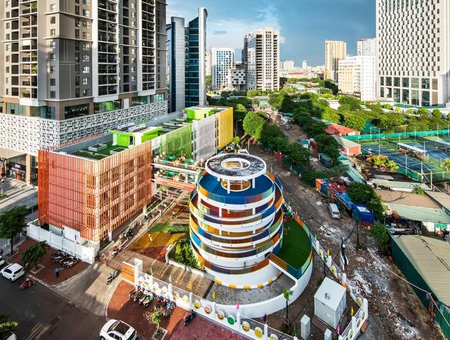Trường mầm non rực rỡ sắc màu ở Cầu Giấy, Hà Nội - Ảnh 2.