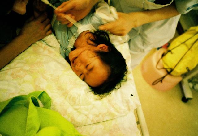 Bố Nhật cùng con gái bị bệnh tim bẩm sinh chiến đấu suốt 10 năm: Bố chẳng cần gì, chỉ cần con sống và 10.000 bức ảnh động lòng người - Ảnh 12.