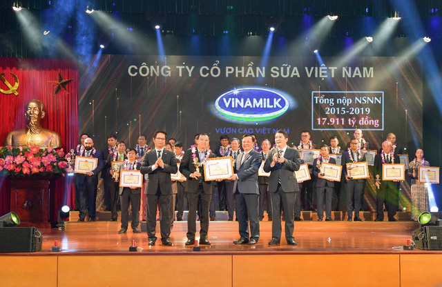 9 tháng đầu năm, Vinamilk hoàn thành 76% kế hoạch doanh thu, giá cổ phiếu tăng trưởng 14% tính từ đầu năm - Ảnh 4.