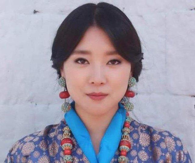 Nàng công chúa vạn người mê của Bhutan từng làm chao đảo MXH bất ngờ lên xe hoa, nhan sắc đôi tân lang tân nương gây chú ý - Ảnh 5.